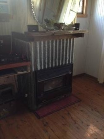 Lovedale Cottages: fireplace