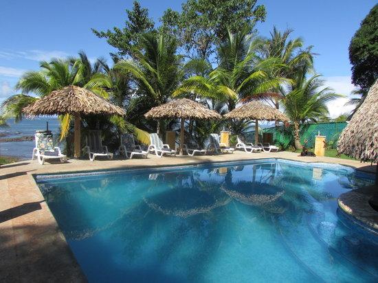 Cabanas time out swim up pool bar