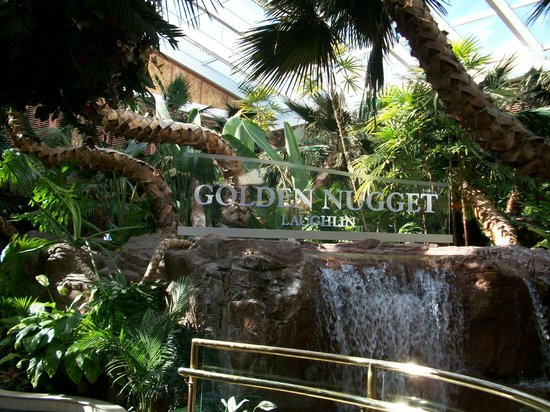 Golden Nugget Laughlin: New Sign