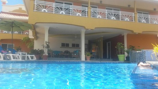 Anise Resort and Spa : View from pool