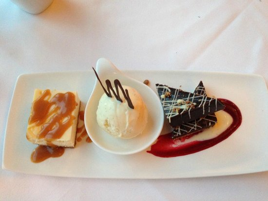 Chasters Restaurant: Chasters Homemade Sweet Trio