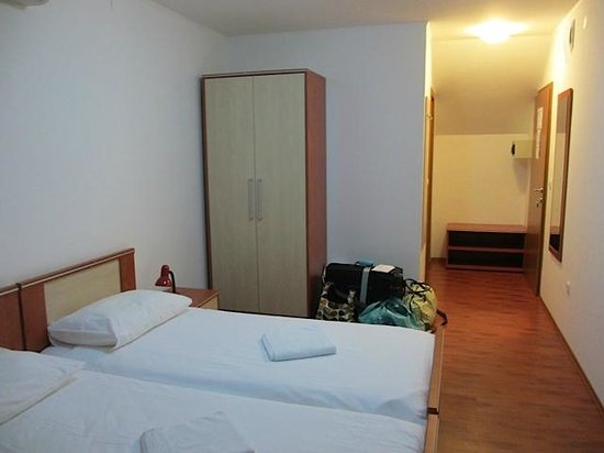 Vila Cancar : Beds/room