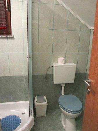 Vila Cancar : Bathroom