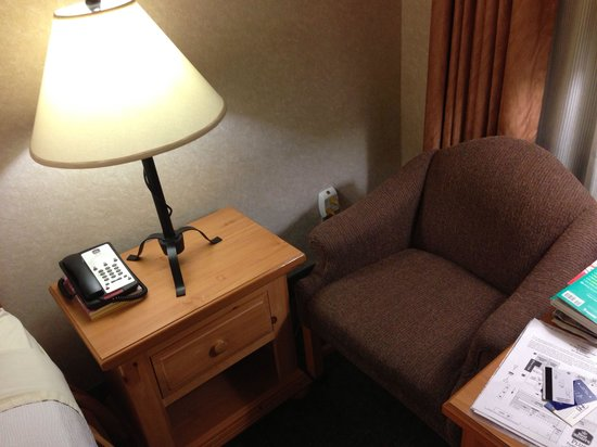 Best Western Plus Frontier Motel: Style of room, small but cosy and comportable