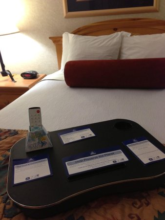 Best Western Plus Frontier Motel: The Nice bed
