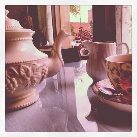 The Ploughcroft Tea Room: Tea time.