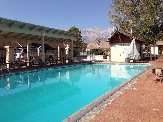 BEST WESTERN PLUS Frontier Motel: The pool