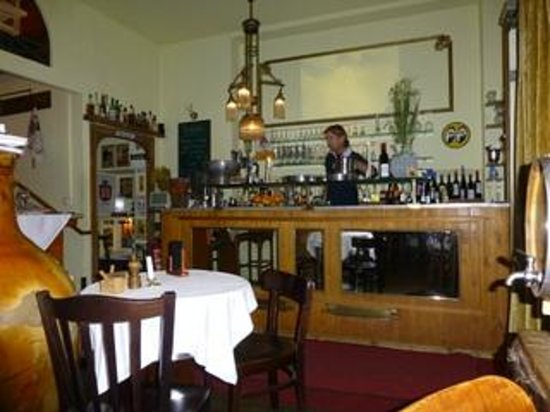 """Weingalerie und Cafe """"No!"""": The Tiny Interior--maybe four tables?"""