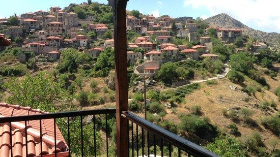 En Dimitsani: Balcony