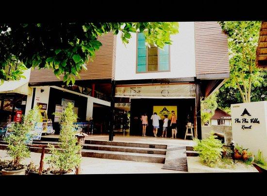 Phi Phi Villa Resort: ด้านหน้า รีสอร์ท