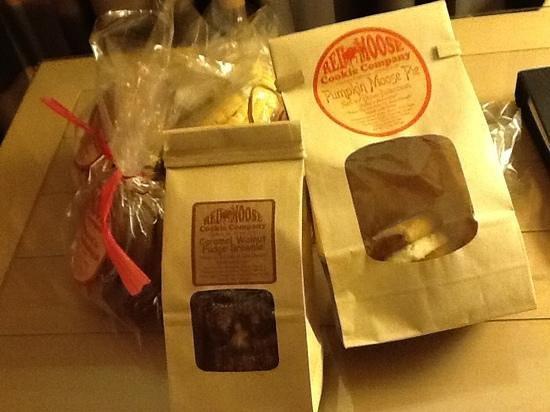 Red Moose Cookie Company: mmmmm!