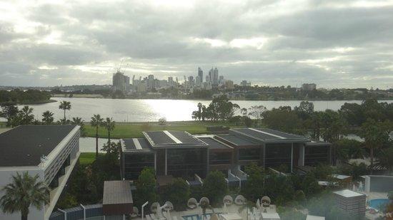 Crown Metropol Perth : Perth view