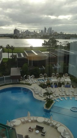 Crown Metropol Perth: View to Perth skyline