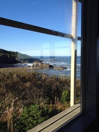 Clarion Inn Surfrider Resort: vanuit het restaurant