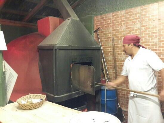 Cocina en horno de leÑa: fotografía de le arcate, quito   tripadvisor