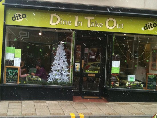 Dito's cafe in the snow