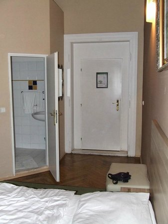 Hotel Otakar: Room