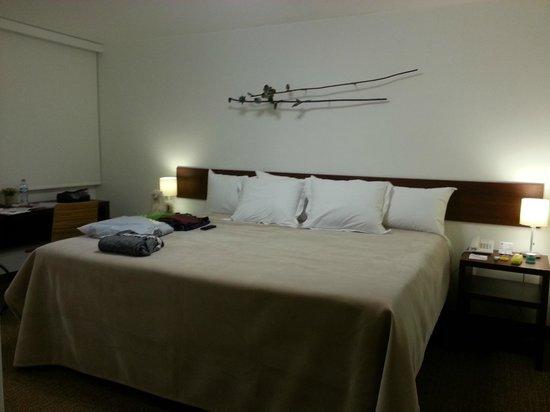 Tierra Viva Miraflores Larco: King-sized bed