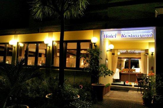 Schachener Hof: Restaurant nachts