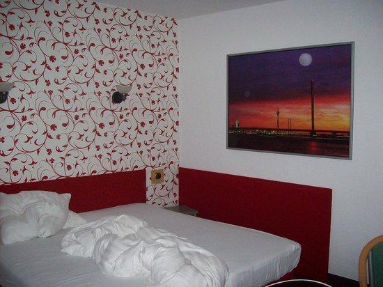 Minerva Hotel: Room