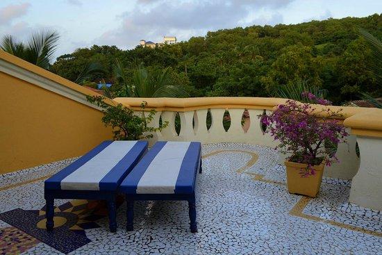Bougainvillea Guest House Goa : Private terrace for the penthouse suite