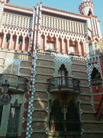 Casa Vicens: Detalle de la fachada