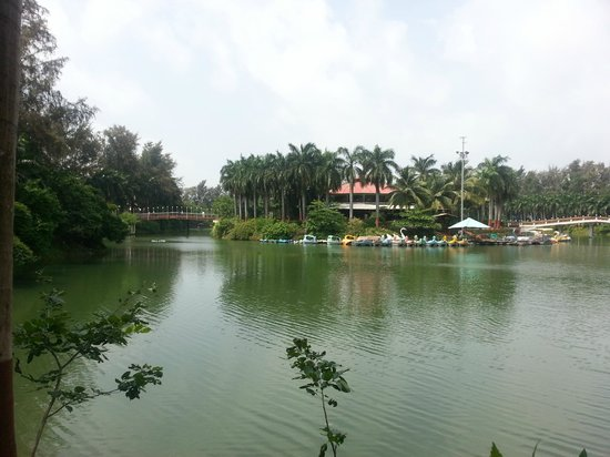 Daman, India: Pristine Beauty of Mirasol Lake