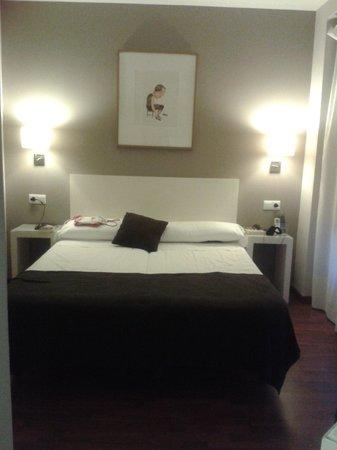 Dormavalencia Hostel Regne: cama