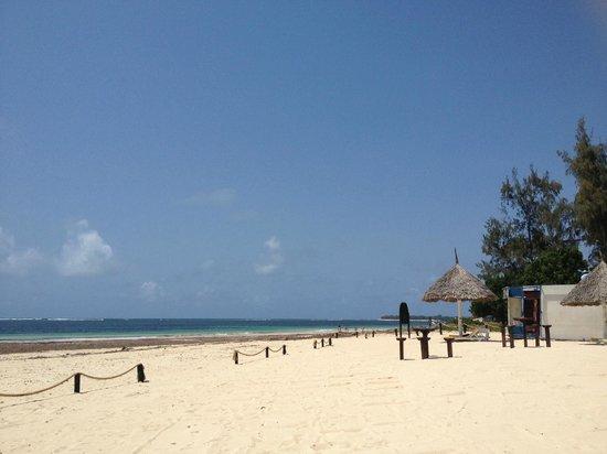 Scorpio Villas: Zona de playa del hotel
