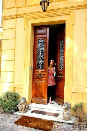 La Rivolte : the front door