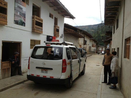 La Casona de Leymebamba: L'hotel et le propriétaire qui raccompagne ses hotes