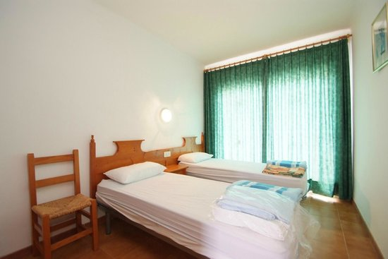 Apartamentos Sa Gavina Medes: Dormitorio