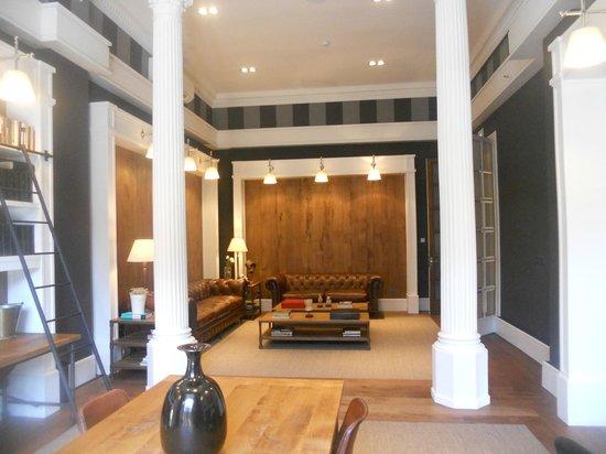 Hotel Granvia: salon