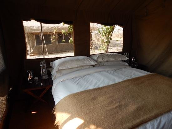 andBeyond Savute Under Canvas: Tent interior