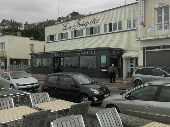 Hotel Restaurant Les Fregates : La chambre ouverte était la mienne