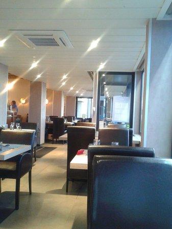Hotel Restaurant Les Fregates : Le restaurant vu de ma table