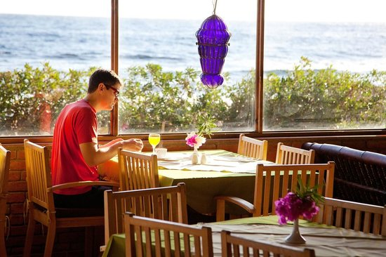 Coral Coast Hotel: Breakfast with Sea View