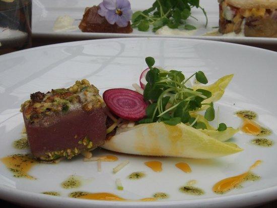 Stonyridge Vineyard: Pistachio-crusted tuna - really tough