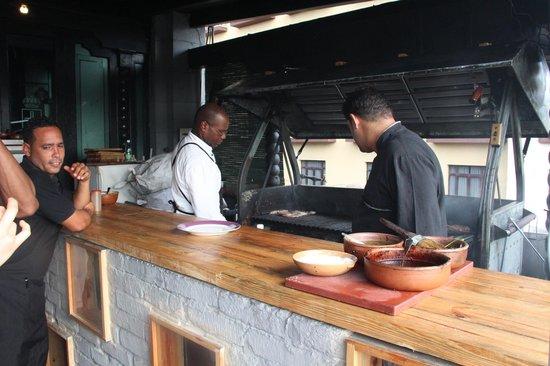 La Terraza: Chef at work