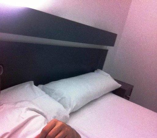Hotel Domus Plaza Zocodover : Cama