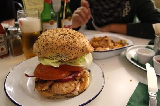 Bobos Burgers Restaurant: megapanino