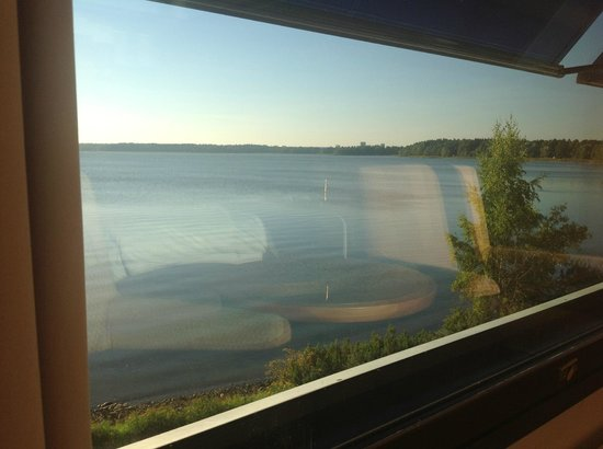 Hilton Helsinki Kalastajatorppa: Looks good at the room
