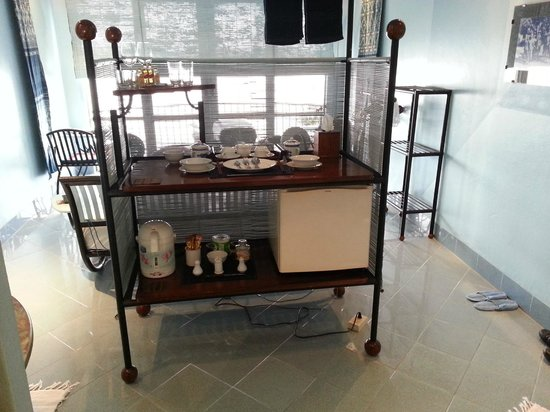 "Beau Rivage Mekong Hotel : Small ""kitchen"""