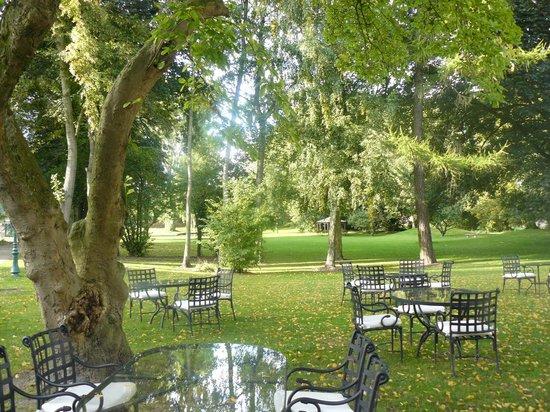 La Chartreuse du Val Saint Esprit : Looking over the main part of the gardens