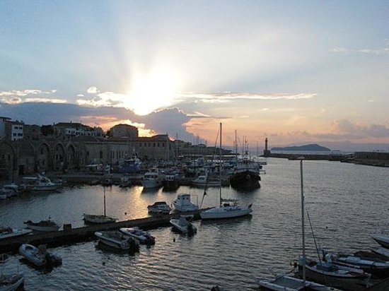 Porto Veneziano Hotel: view from a seaside room to sunset