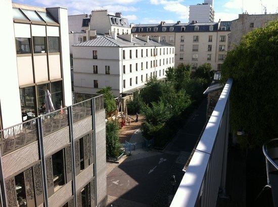 Mercure Paris Bastille Saint Antoine: View from room balcony