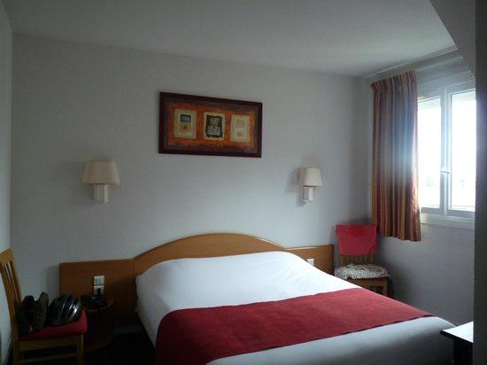 Hotel le Progres : La chambre