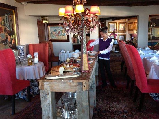 Abalone House & Spa : Abalone house breakfast room