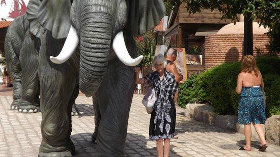 Yasmin Hammamet: entrance to the park 2