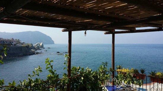 Piccolo Hotel Umberto a Mare: Vista dalla terrazza della colazione